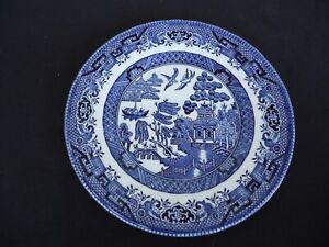 royal wessex blue willow pattern bread & butter plate swirled edge England