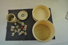 2 antike Spieldosen mit Domino und Würfel Steinen aus dem 19.Jahrhundert