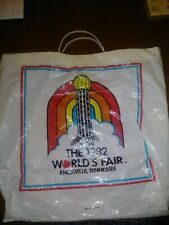 1982 WORLD'S FAIR KNOXVILLE TENNESSEE SOUVENIR LARGE PLASTIC HANDL SHOPPING BAG
