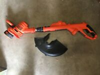 Black & Decker GH900 14-Inch String Trimmer and Edger 6.5 Amp Dated 2019