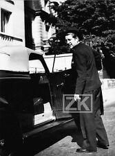 STAR & CAR JEAN GABIN Snapshot Voiture Candid Paparazzi BRODSKY Photo 40s #18