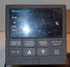 HONEYWELL UDC 3300 DC330E-KE-2E3-21-000000-00-0 PROCESS CONTROLLER