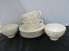 CORINTHIAN PATTERN BY FRANCISCAN CHINA  4 CUPS 4 SAUCERS EXCELLENT NEAR MINT