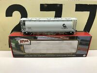 Atlas Ho Scale C&O ACF 6-Bay Cylindrical Hopper RD # 2512 RTR New Old Stock