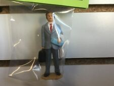 G SCALE FIGURE 11818N - MAN WITH RED TIE WITH BABY BLUE BOX