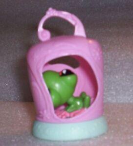 2009 Littlest Pet Shop #7 GREEN FROG McDonald's Happy Meal Toy