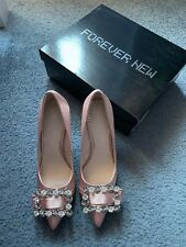 Forever New crystal trim satin pointed court shoe pumps heels blush size 37