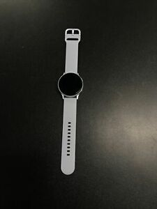 Samsung Galaxy Watch Active 2 SM-R830 40mm Aluminum Case with Sport Band