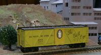 HO SCALE FREIGHT CAR TRAIN MINIATURE 8056 MUNCIE & WESTERN 40' OS BRACED BOXCAR