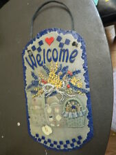 Welcome sign plaque Flower apples quilt & gingerbread men cookies in baskets
