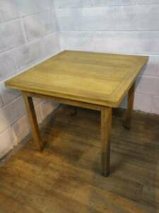 1930's SOLID & PANELLED OAK DRAW LEAF KITCHEN / DINING TABLE.