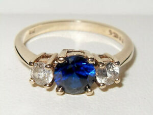 Beautiful Vintage 9ct Yellow Gold Blue & Clear Spinel Trilogy Ring