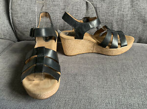 Clarks Ladies Sandals 6 Black Wedge Summer Smart Casual Holiday Leather Artisan