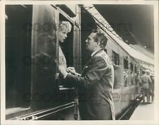 Actors Peter Finch Mary Peach No Love For Johnnie Train Scene Press Photo