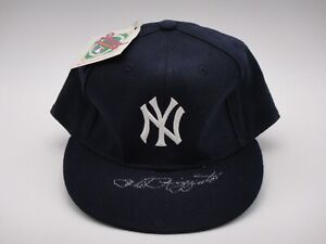 PHIL RIZZUTO SIGNED BECKETT CERTIFIED NEW YORK YANKEES HAT AUTOGRAPHED HOF