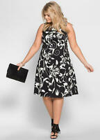 Black and White Stretch Cotton Fit and Flare Contemporary Print Dress Size 20/22