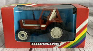 Vintage 1980 Metal/Plastic Britains Fiat 880T 1:32 Tractor w/Driver #9528 NIB!