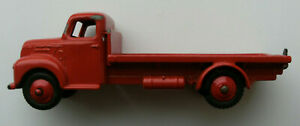 Dinky Meccano Die Cast Model Vehicle Fordson Flat Bed Truck Red (Ref D105)