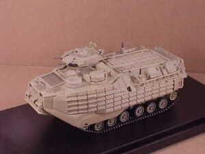 Dragon Armor #63019 1/72 Bae AAVP-7A1 RAM / Rs W / Eaak Assault Amphib Kfz Usmc