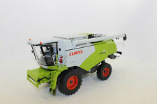 Wiking 778 18 CLAAS TUCANO 570 Combine Harvester with maisvorsatz 1:3 2 NEW