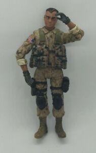 Bravo Team 1:18 Action Figure PFC. US Military soldier Unimax Toys 2007