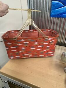 Vintage Held Held Shopping Basket