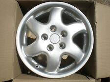 NEW BOXED ALLOY WHEELS FOR RENAULT SAFRANE OR LAGUNA.