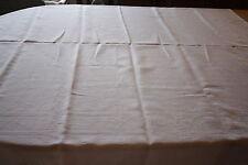 Service de table nappe 153 x 141 cm + 6  serviettes damassé  sans monogramme