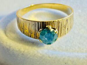 Sehr schöner, blauer Solitär-Halbkaräter-Brillant-Ring 0,54 Karat aus Gelbgold