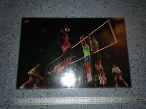 """1990's NIKE Volleyball Poster - 24 x 36"""" NEW Old Stock ORIGINAL PACKAGING"""