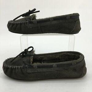 Minnetonka Moccasin Slipper Women 8 Grey Suede Faux Fur Lined Slip On Shoes 4034