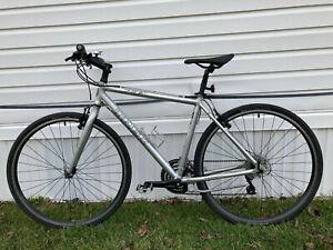 """Trek 7.2FX Mens Large 20"""" Sport Hybrid Fitness Gravel Bicycle"""