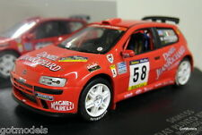 PARAMOTORE scala 1/43 skm155 FIAT Punto Kit Car Rally Catalunya 2000 Macalluso celot