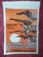 """Affiche cinéma """"UNE TRAINEE DE POUDRE LES PISTOLEROS ARRIVENT"""" Western 1972"""