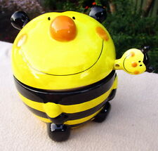 CUTE BLACK & YELLOW BUMBLE BEE SUGAR BOWL WITH SPOON TO BRIGHTEN UP THE TABLE BN