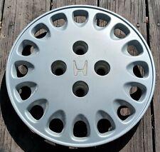 Honda Accord hubcap 1992-1993 fits 14 inch wheels 55019 07