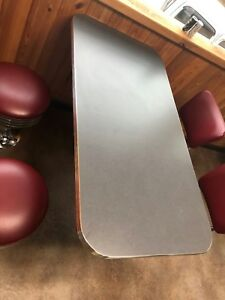 """24"""" x 42"""" Table Top with 1.25"""" Metal Banding andStandard Laminate."""