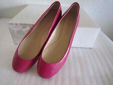 Vera Wang Lara Cerise Soft Leather Womens Designer Shoes Ballet Flats 6M