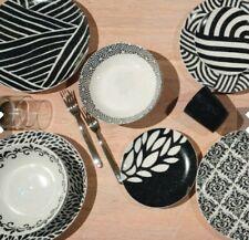 Servizio Piatti 18 Pezzi, modello Black & White, marca Fade, porcellana, nuovo