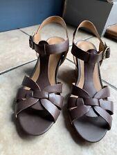 Clarks Ladies Size 5 Wedge Sandals Tan/brown