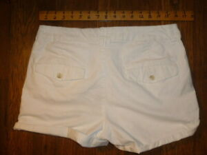 American Eagle Outfitters size 10 High Rise Shortie Stretch white casual shorts
