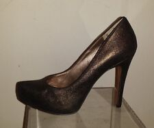 BCBG Generation Deep Plum Crinkled Leather High Heel Platform Pumps 8B
