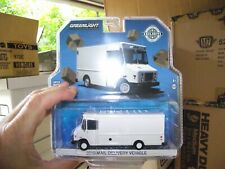 Greenlight 1/64  2019 Mail delivery vehicle white NIB
