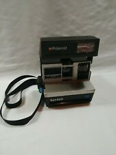 POLAROID SUN 600 SE Land Camera w/ Strap. Grey
