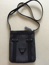 Guess crossbody purse Black VGUC