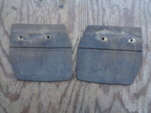 EARLY Volvo 240 260  FRONT mud flap guard OEM Matched set L+R 1254810 1254040