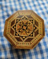 INTRICATE INLAID WOOD MARQUETRY JEWELRY TRINKET BOX VINTAGE SMALL SIZE