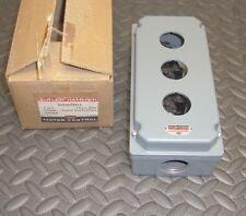 NEW Cutler Hammer 10250TN13 Oil Tight Control Enclosure 3 Unit