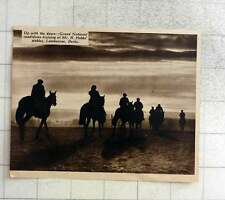 1939 Grand National Candidates Training Mr R Hobbs Stables Lambourne Berkshire
