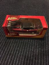 Johnny Lightinig 1969 Chevy Camaro Z28 Muscle cars R28 Red Black Lines 1/24 New